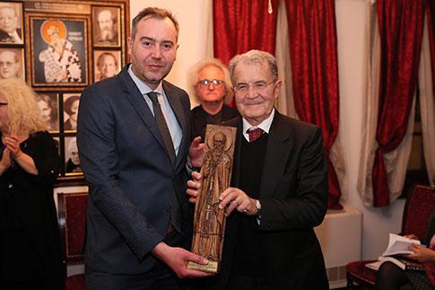 Проди: Европа е заедница на малцинства, идејата не е профитот туку хуманизмот и солидарноста